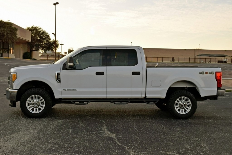 Ford F-250SD 2017 price $29,400