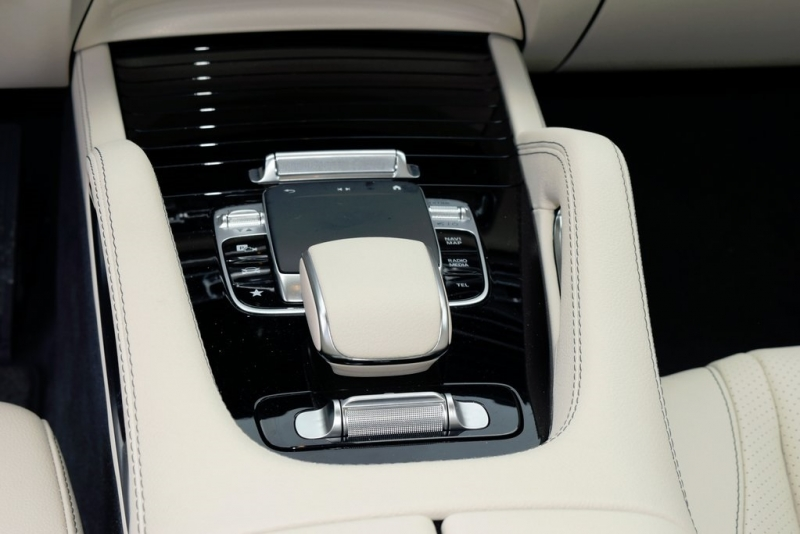Mercedes-Benz GLS 2020 price $69,500