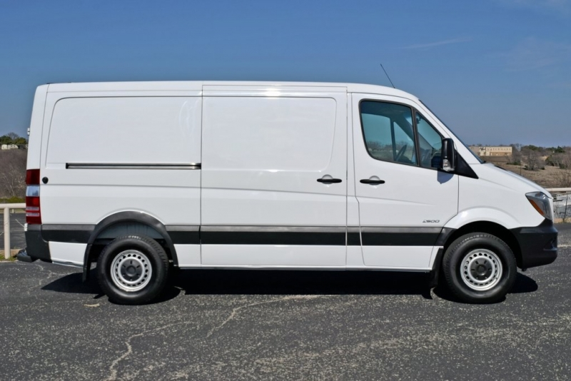 Freightliner Sprinter 2500 2014 price $17,925