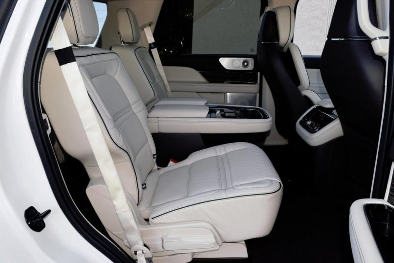 Lincoln Navigator 2020 price $85,500