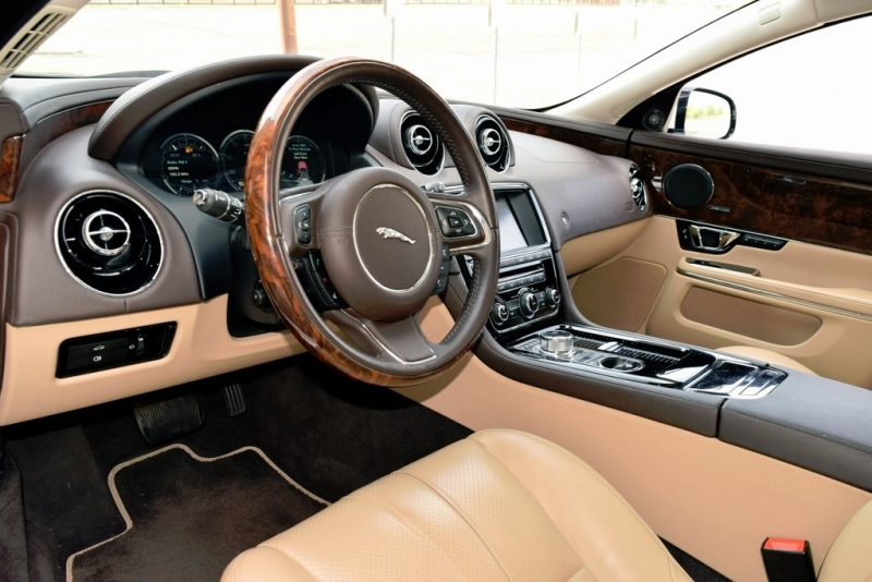 Jaguar XJ 2015 price $26,400