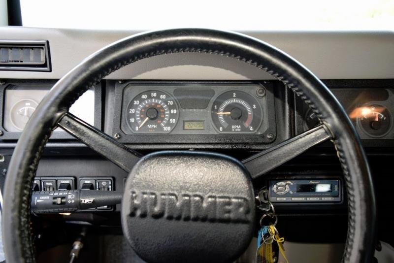 Hummer H1 2001 price $93,000