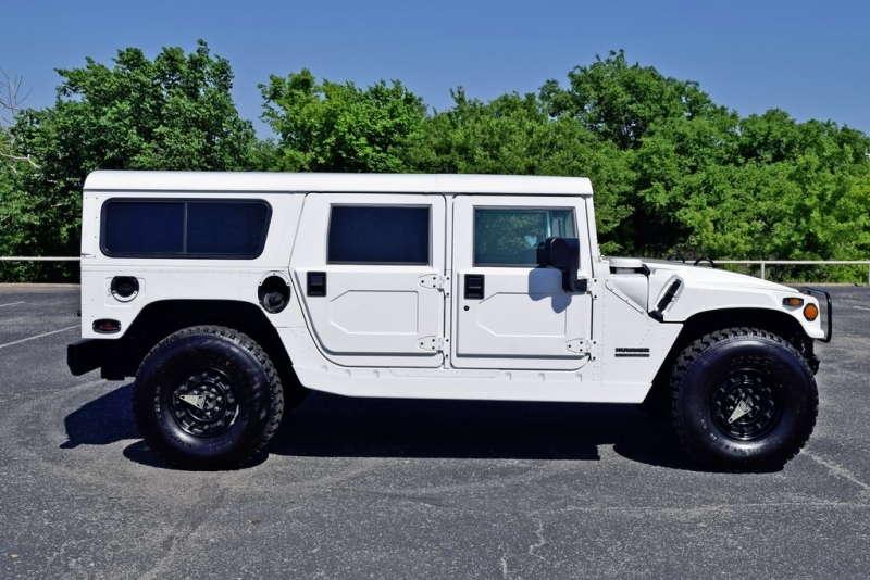 Hummer H1 2001 price $94,990