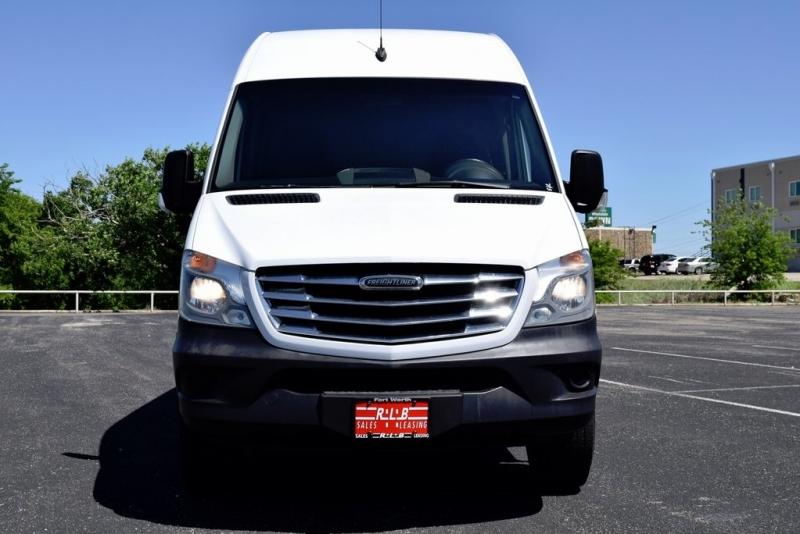 Freightliner Sprinter 2500 2015 price $17,778