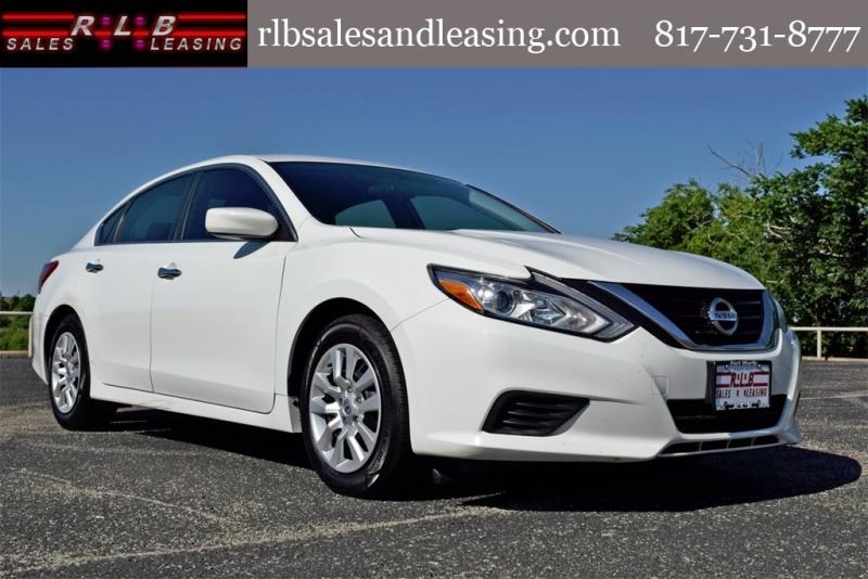 Nissan Altima 2017 price $10,750