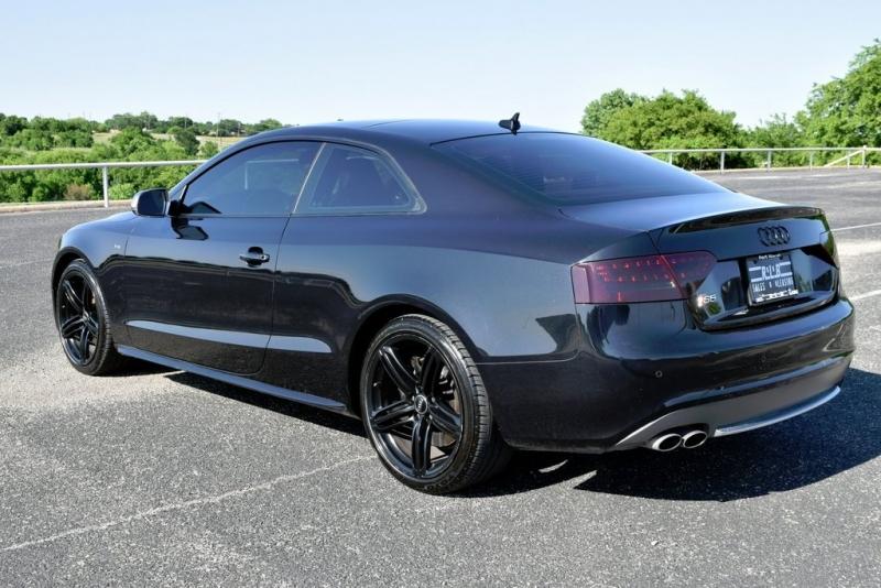Audi S5 2010 price $14,590