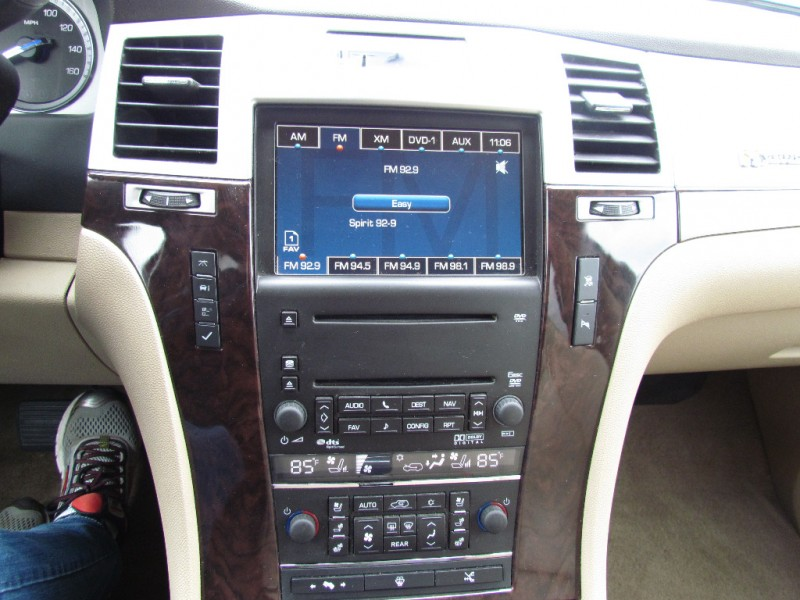 Cadillac Escalade Hybrid 2009 price $14,970