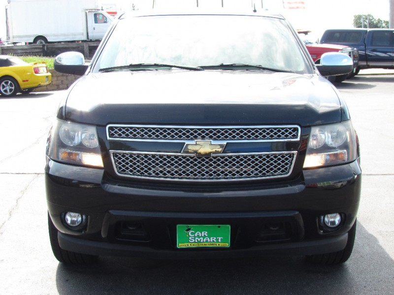 Chevrolet Suburban 2007 price $6,800