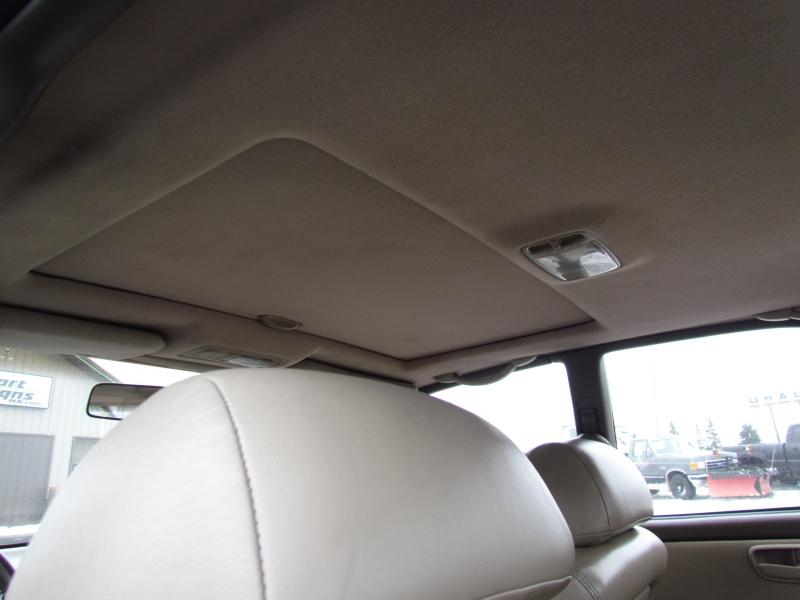 Lexus ES 300 1996 price $1,975