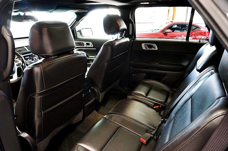 2013 ford explorer xlt inventory rf cali auto center auto dealership in el cajon california. Black Bedroom Furniture Sets. Home Design Ideas