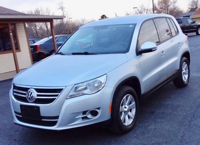 2010 Volkswagen Tiguan SUV