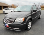 Chrysler Town & Country Minivan 2012