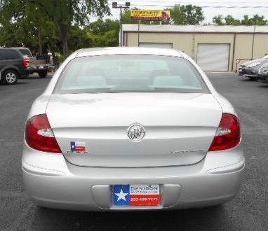 Buick LaCrosse Sedan 2005 price $6,995