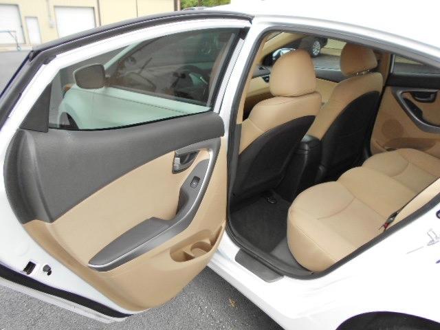 Hyundai Elantra GLS Sedan 2011 price $7,995