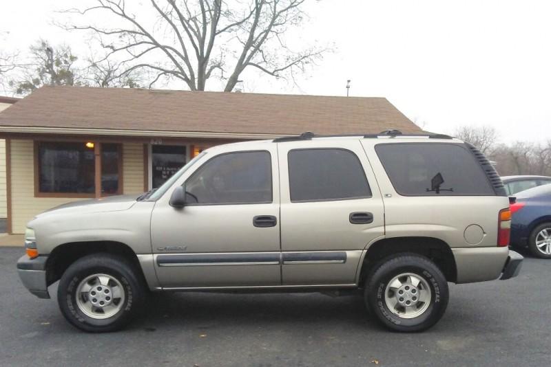 Chevrolet Tahoe 2001 price $4,995