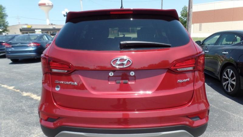 Hyundai Santa Fe Sport 2018 price $22,995