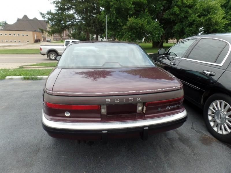 Buick Reatta 1989 price $6,964