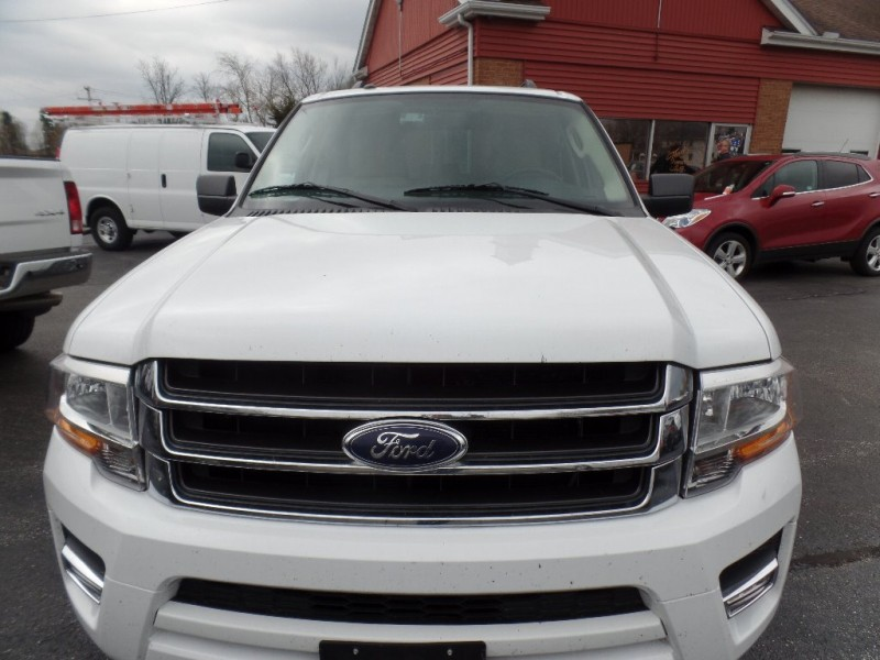 Ford Expedition 2015 price $33,988