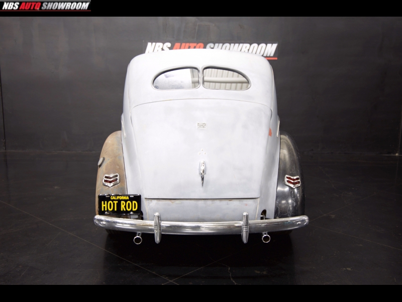 Ford Deluxe 1940 price $17,400