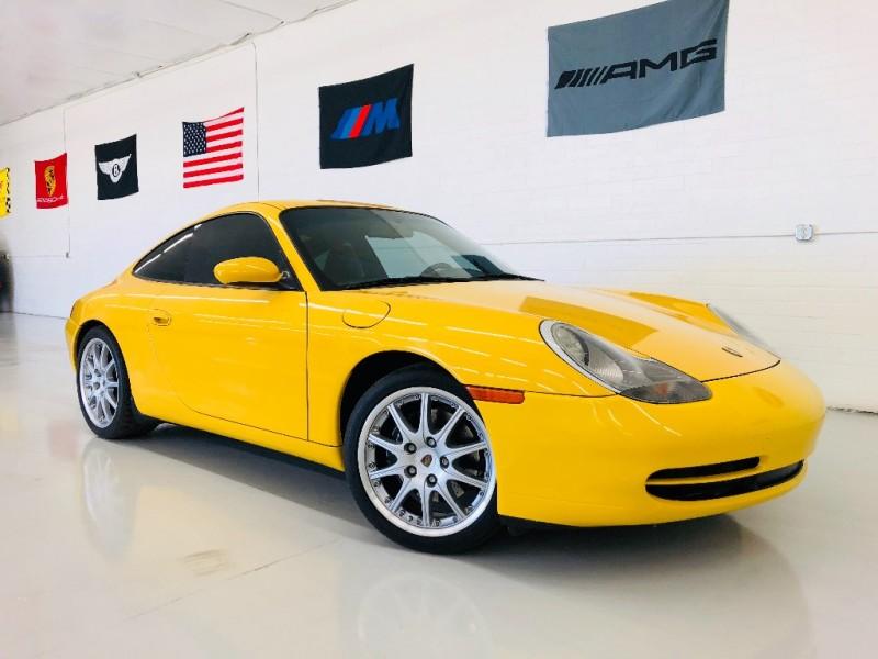 Porsche 911 2000 price $18,995