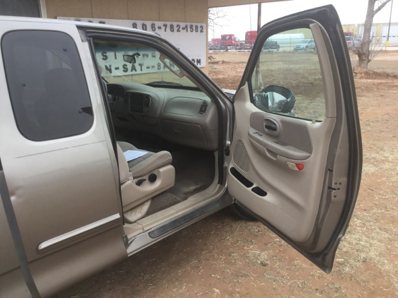 FORD F150 2003 price $2,995