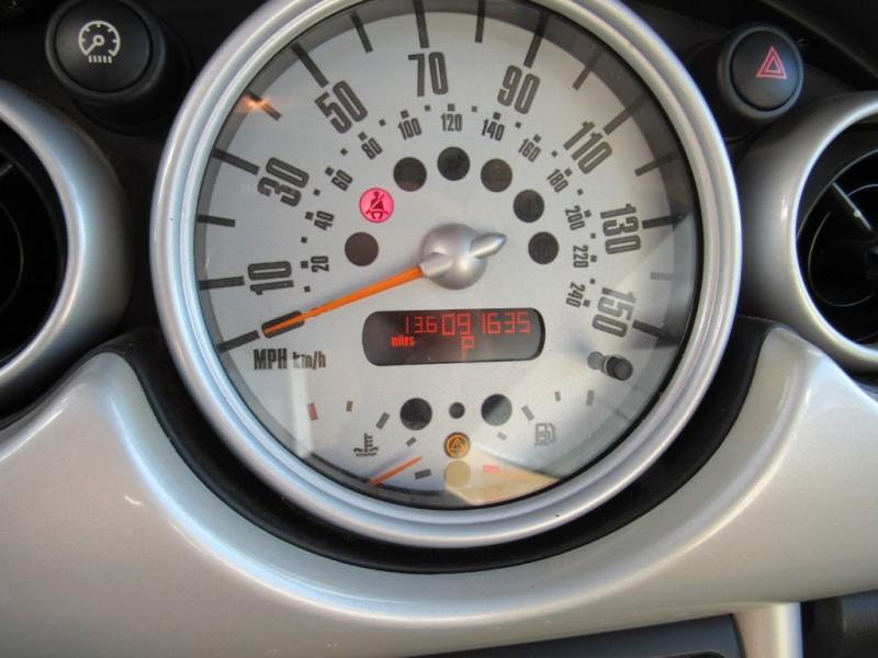 MINI COOPER 2004 price $4,795