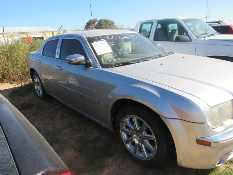 CHRYSLER 300C 2007 price $3,495