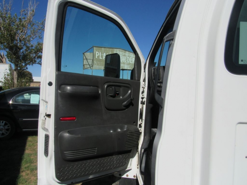GMC C5500 2005 price $8,995