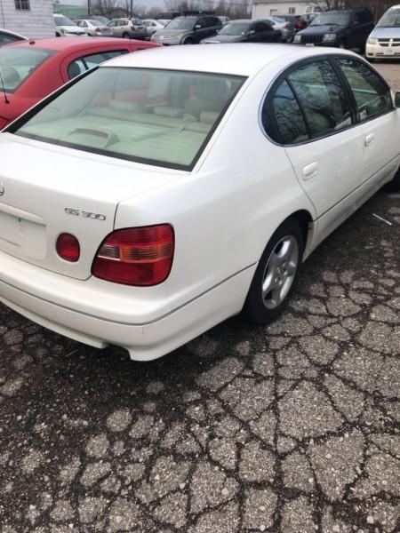 LEXUS GS 1998 price $2,995