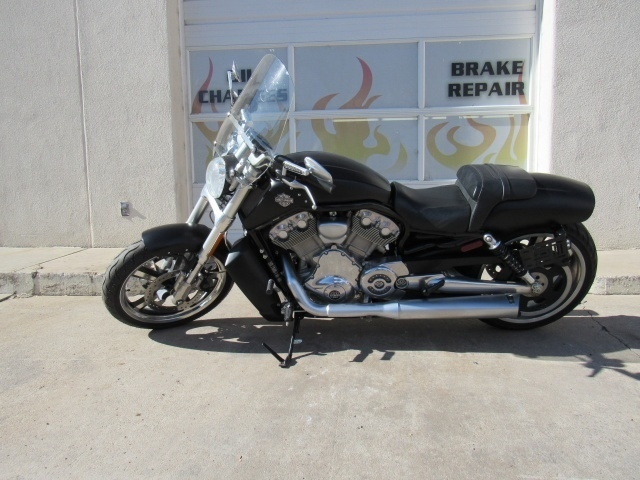 Harley Davidson V-Rod Muscle 2012 price $9,595