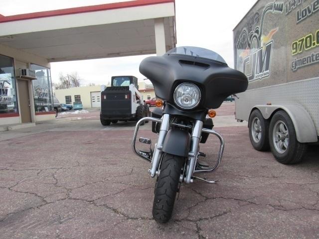 Harley Davidson FLHXS 2016 price $17,999