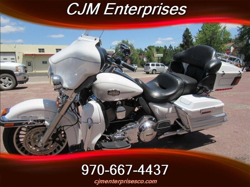 Harley-Davidson Touring 2013 price $11,995