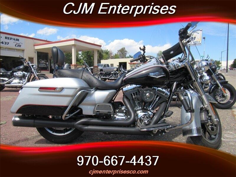 Harley-Davidson Touring 2015 price $12,695