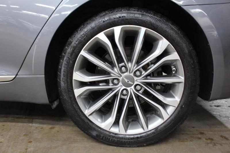 Hyundai Genesis 2015 price $13,499