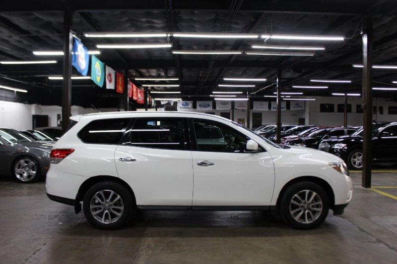 Nissan Pathfinder 2014 price $10,499 Cash
