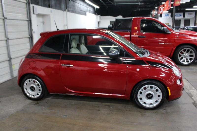 Fiat 500 2015 price $5,999