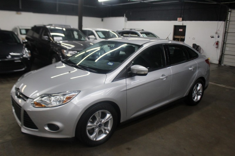 Ford Focus 2014 price $6,299 Cash