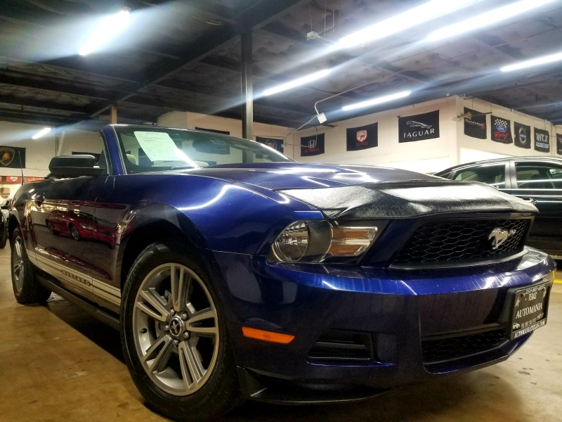 Ford Mustang 2010 price $7,499 Cash