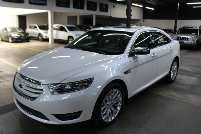 Ford Taurus 2019 price $14,999 Cash