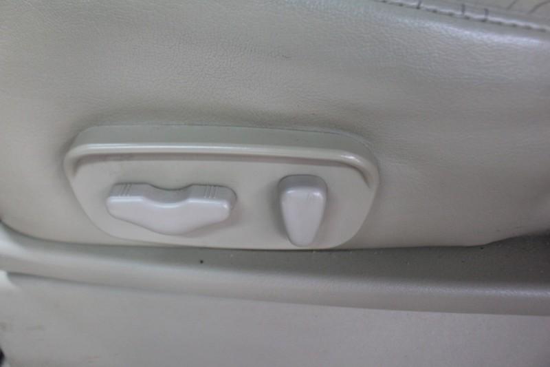 Nissan Armada 2011 price $11,999 Cash