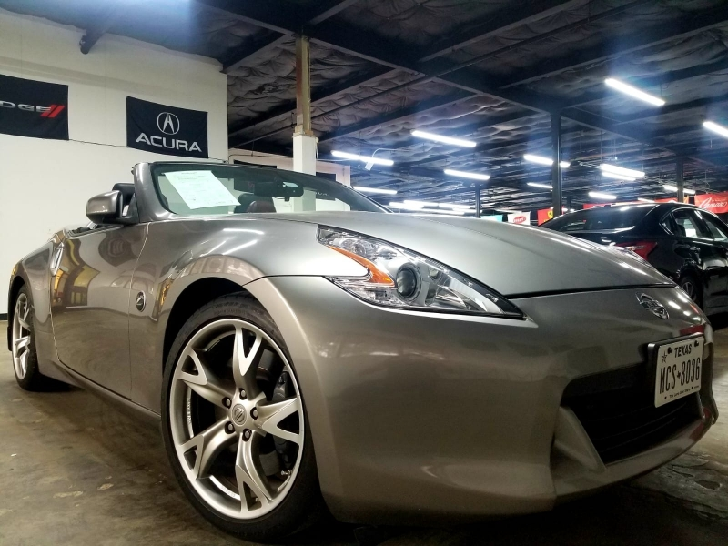 Nissan 370Z 2010 price $12,999 Cash
