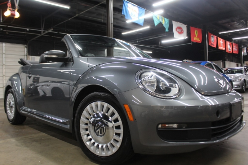Volkswagen Beetle Convertible 2013 price $8,999 Cash