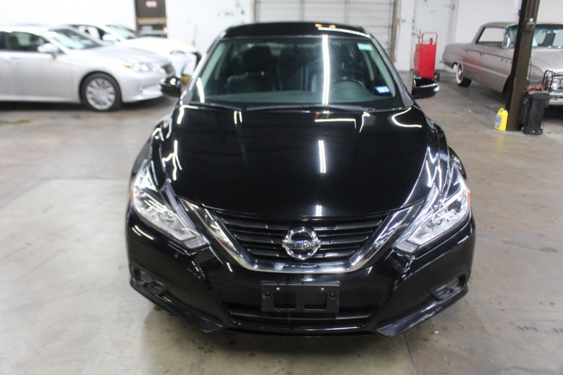 Nissan Altima 2017 price $10,999 Cash