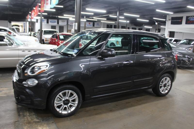 Fiat 500L 2018 price $10,499