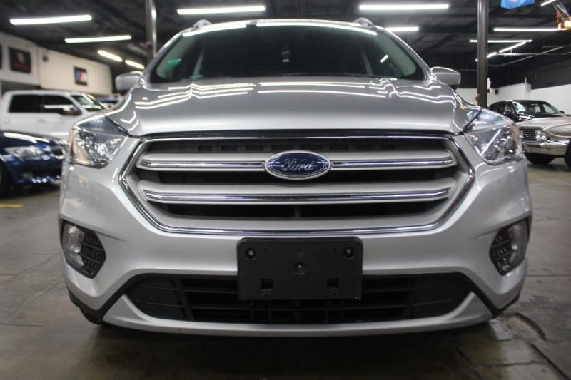 Ford Escape 2018 price $11,999 Cash