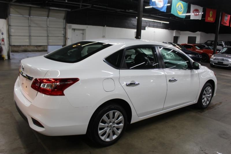 Nissan Sentra 2017 price $8,999 Cash