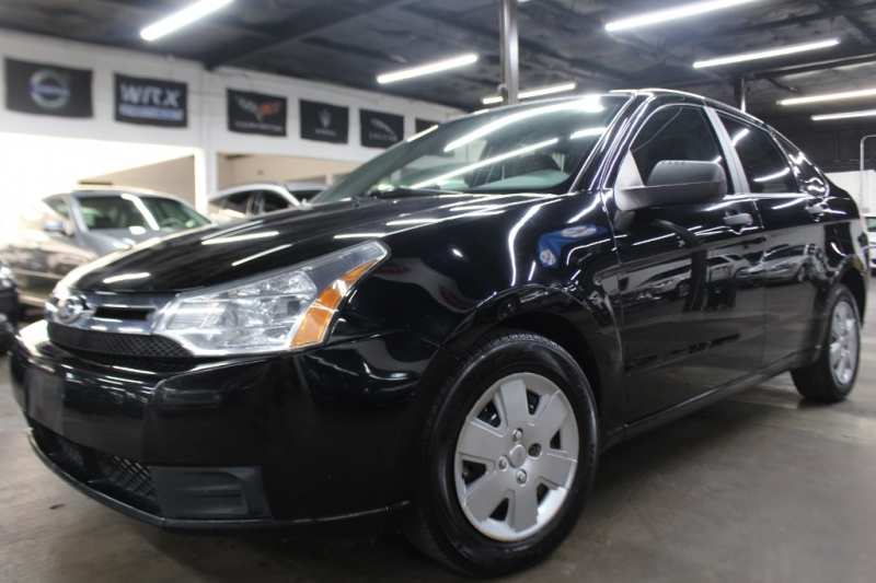 Ford Focus 2010 price $4,499 Cash