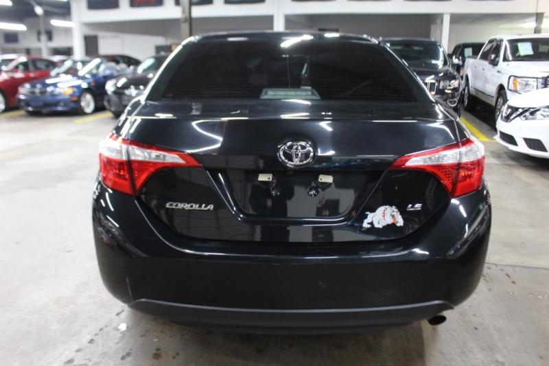 Toyota Corolla 2016 price $8,499 Cash