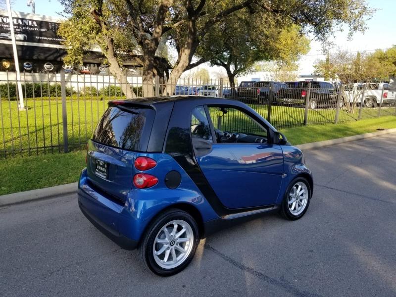 Smart fortwo 2009 price $4,499 Cash