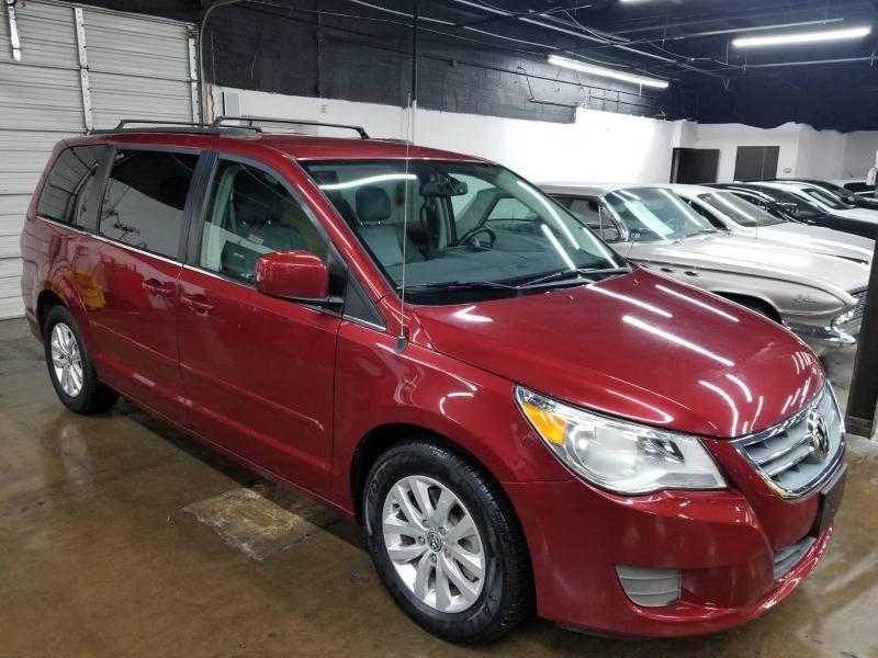 Volkswagen Routan 2012 price $7,999 Cash